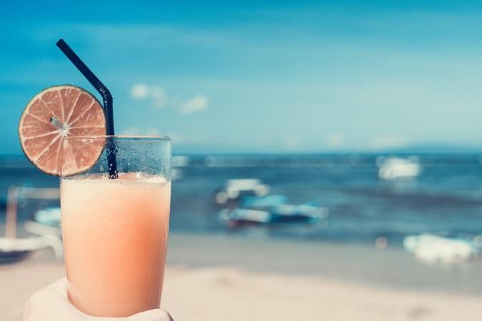 5 Refreshing Sparkling Wine Summer Cocktails